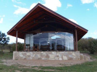 Simba Oryx Camp Mara